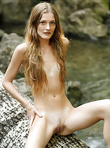 Tiny Tits, Claudia | Girl In Nature