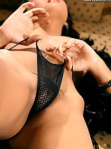 Asian Women cindy 14 lingerie bigtit dildo